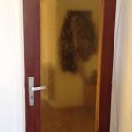 figuurglas in houten deur