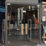 glazen voordeur winkel